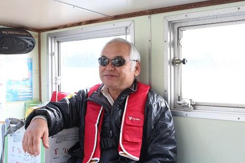 小掘の渡し「とりで号」の元船長の長塚さんは小掘地区の歴史についても造詣が深い