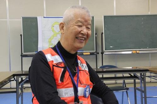加曽利貝塚ボランティアガイドさんの押尾さんの案内で加曽利貝塚の魅力をたっぷり堪能しました