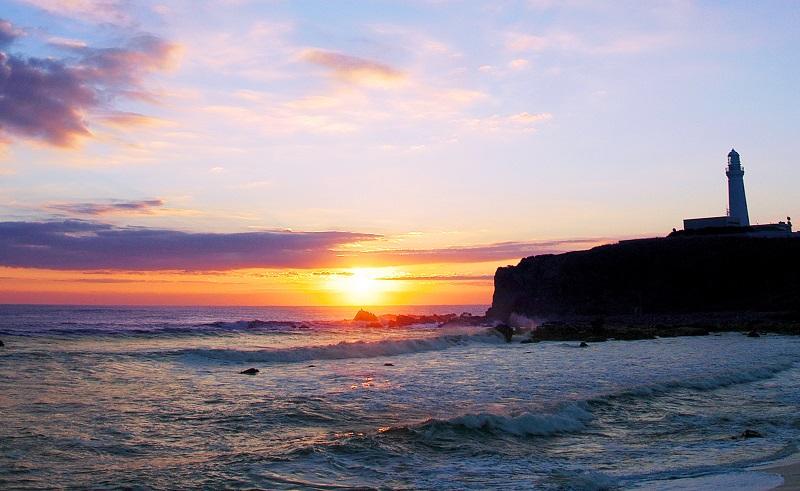 犬吠埼の灯台と初日の出
