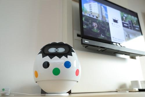 東京ディズニーリゾートからすぐの変なホテル舞浜東京ベイ。お部屋にはコンシェルジュロボット完備。
