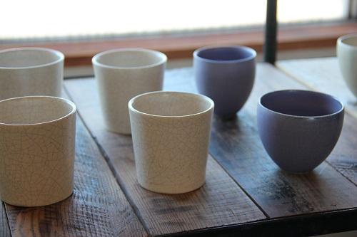&R企画展で出品された和田麻美子さんの食器