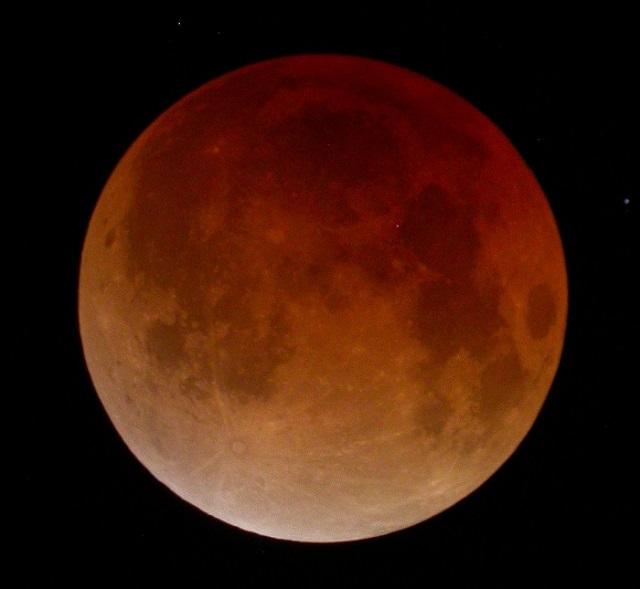 7月28日に2018年2回目の皆既月食が見える