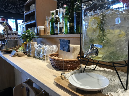 The Farm UNIVERSAL CHIBA FARMER`S KITCHEN 店内のセルフサービスの内容