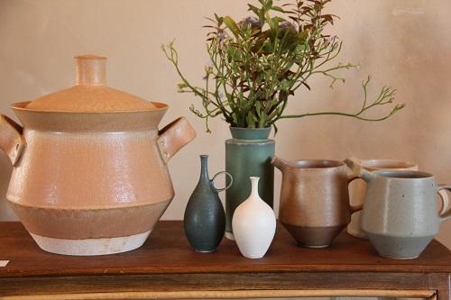 &R企画展で出品された和田麻美子さんの花器