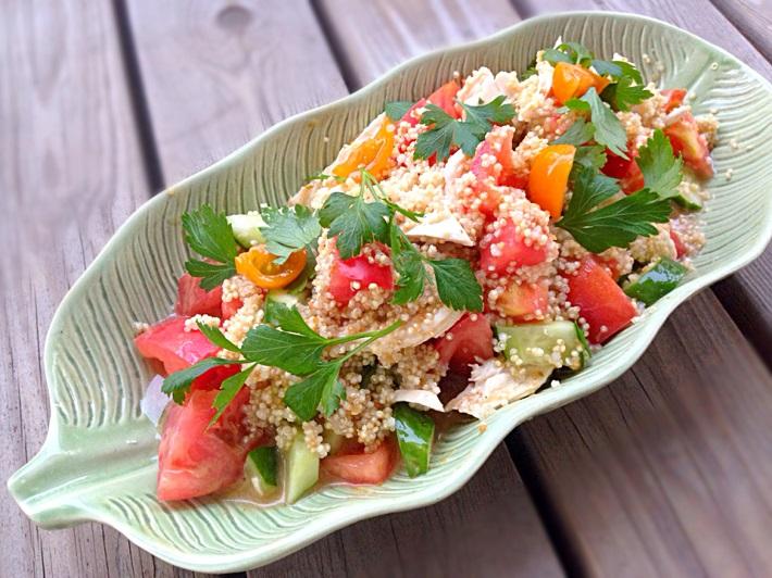 週末お助けレシピよりスーパーフード「キヌア」のサラダ