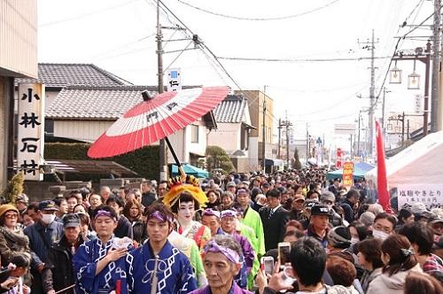 神崎酒蔵まつりでは花魁道中(2018年は中止)などのイベントもたくさん