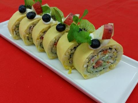 ロールケーキ風飾り巻き寿司