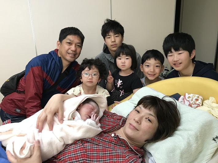 上の子たちの立会い出産の直後