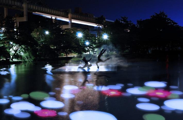 大賀ハスまつりヨハスでは夜の千葉公園にプロジェクションマッピングで蓮の花を咲かせます