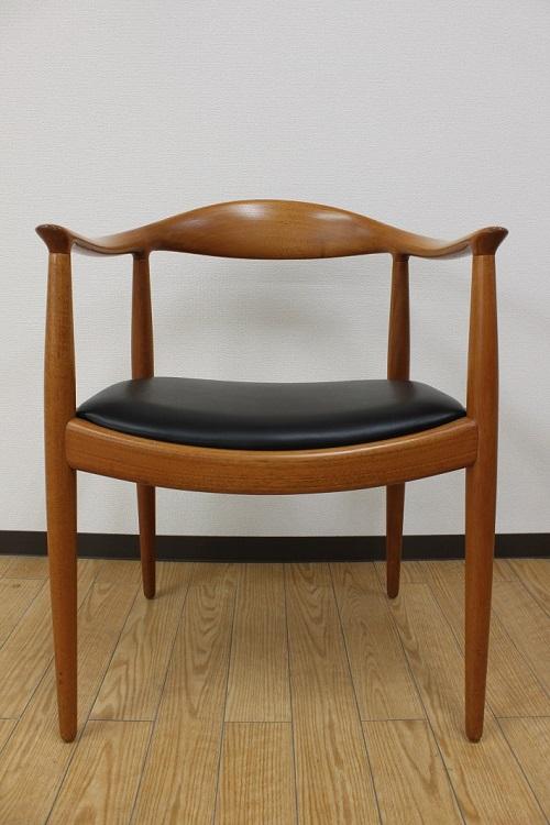 ミッドセンチュリー時代のビンテージ家具が豊富にそろうモダンビンテージインテリアカーサ(柏)で扱うザ・チェア