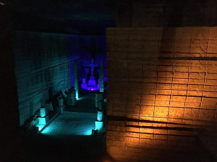 栃木県宇都宮市の大谷資料館は採石現場をそのまま公開する貴重な施設