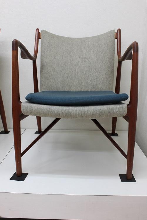 ミッドセンチュリー時代のビンテージ家具が豊富にそろうモダンビンテージインテリアカーサ(柏)で扱うNV45