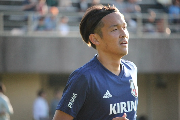 サッカー日本代表選手トレーニングキャンプに参加した宇佐美貴史選手