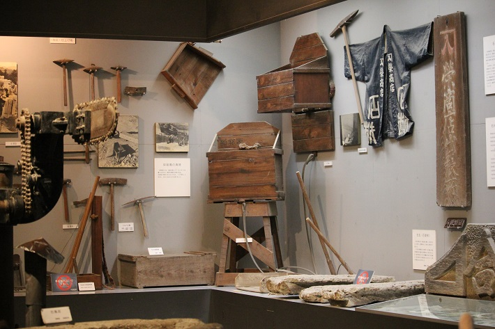 栃木県宇都宮市の大谷資料館ではかつて採石現場で使われていた道具も展示