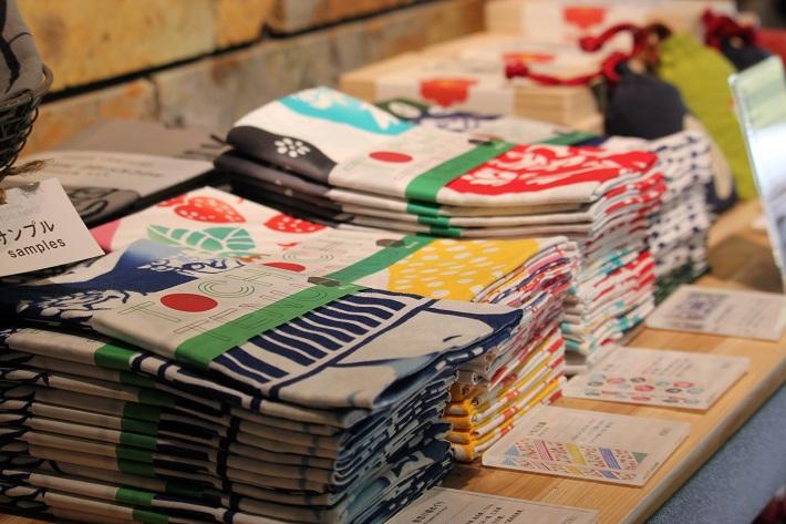 栃木県宇都宮市の大谷資料館の敷地内にあるROCKSIDE MARKETはオシャレな品揃え