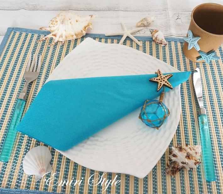 100円ショップのアイテムを使った海をモチーフにした夏のテーブルコーデ