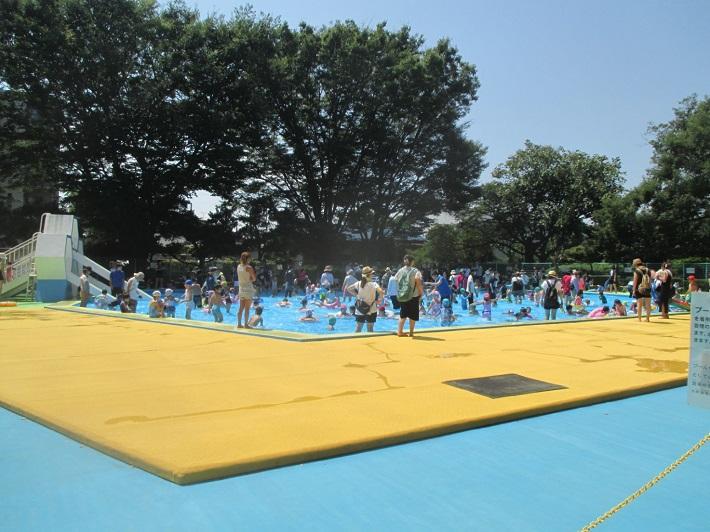 船橋市の薬円台公園の水遊びスポット