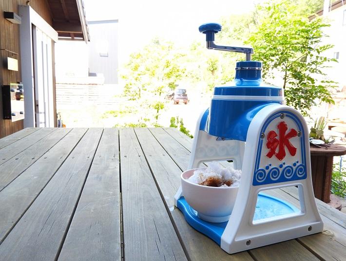自宅でもコツさえつかめばふわふわのかき氷が作れます!