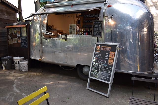 千葉市中央区の椿森コムナの常設カフェ「BAMBI」