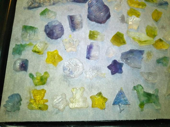 食べられる宝石「琥珀糖」の作り方