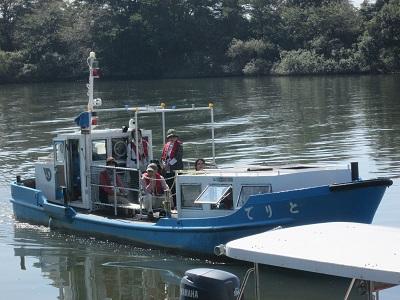 茨城県取手市の利根川河川まつりでh乗船体験ができます