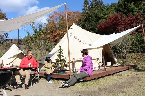 おしゃれキャンプ 冬 グランピングであたたかくおしゃれに!
