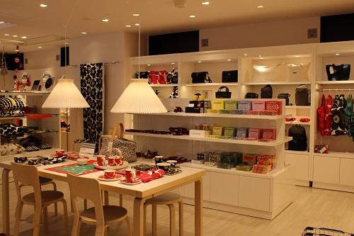 埼玉県飯能市にオープンしたメッツァでは、マリメッコをはじめとする北欧ブランドのお買い物も