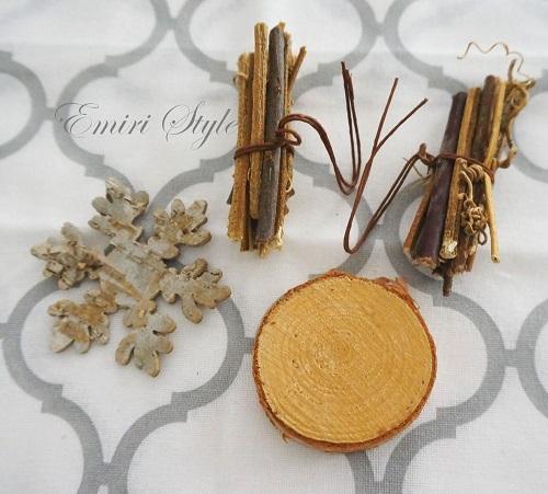 セリア、ダイソー、キャンドゥのアイテムで作る「シンプルクリスマス」コーデ