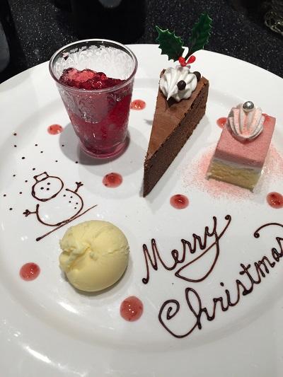 千葉ポートスクエア内のブッフェレストラン、ザ・ニューヨークのクリスマス限定デザートプレート