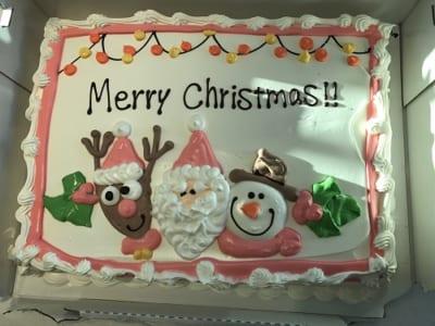 コストコクリスマス ハーフシートケーキ