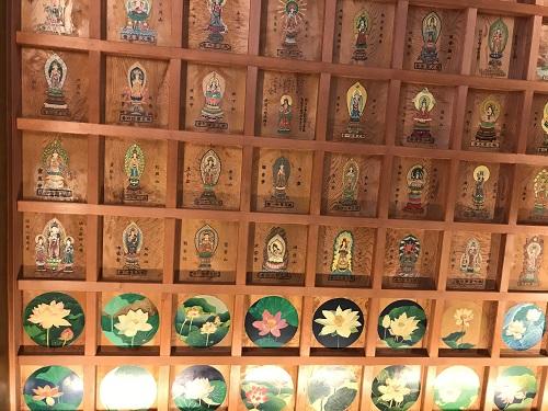 関東の初詣におすすめの円福寺(飯沼観音)の本堂の天井絵は必見