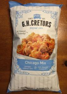シカゴミックスという、キャラメルコーティングとチーズフレーバーのポップコーンミックス。