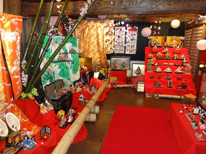 江戸の旅籠で伝統に親しむ 町家ひな祭り