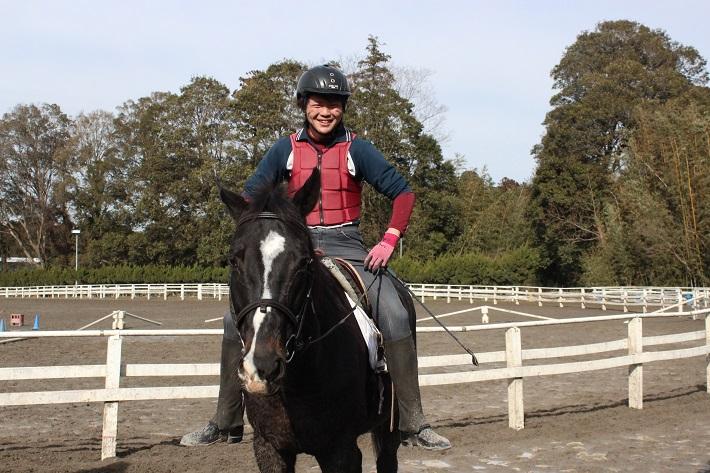 千葉県の馬専門学校アニベジ卒業生の就職先は競馬場の厩務員など多数あります