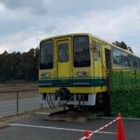 茂原のあられちゃん家店頭に鎮座するいすみ鉄道の車両