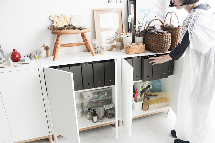 中古マンションをリノベーション。IKEAのキャビネットはアトリエで活用