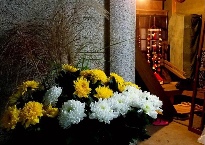 菊の花雛飾り