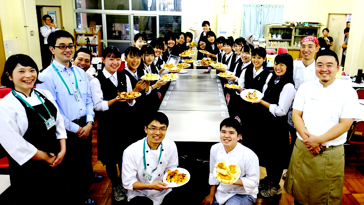 八千代高校の学生