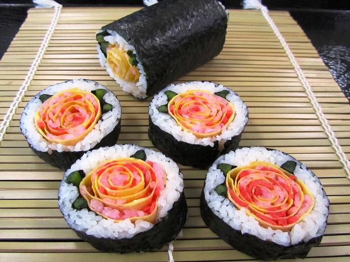飾り太巻きサーモン花