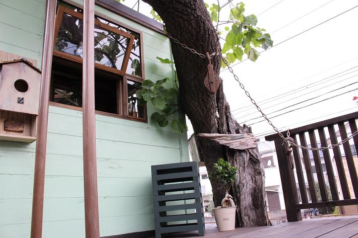 ママノキモチカフェのツリーハウス