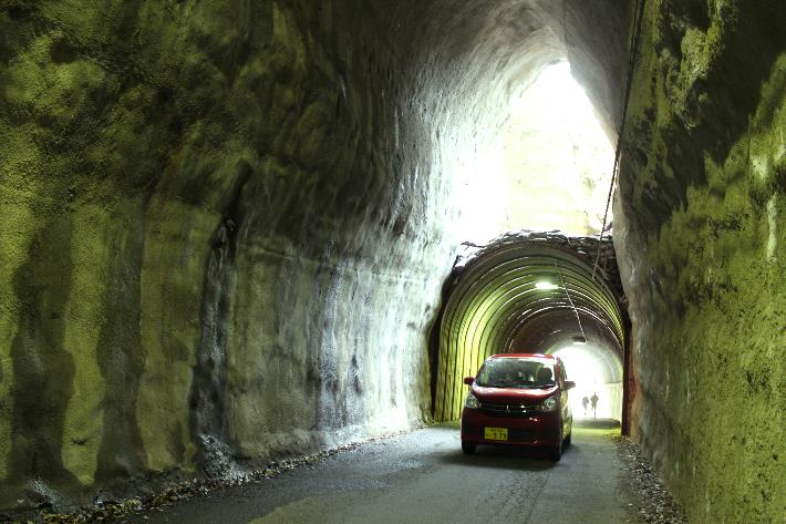2階建てトンネル走行