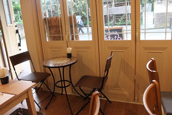 おしゃれなカフェスペース