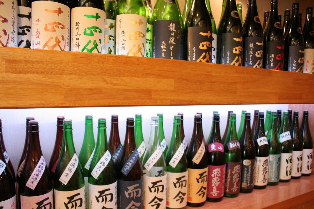 美味しい蕎麦と旨い日本酒の店のかき氷も人気の埼玉県三郷市のそば処なかだの十四代や而今や飛露喜などの銘酒の品ぞろえ