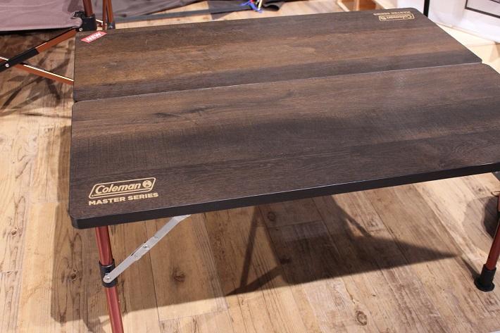 おうちキャンプおすすめのアイテムはコールマン(Coleman)のマスターシリーズ バタフライテーブル90