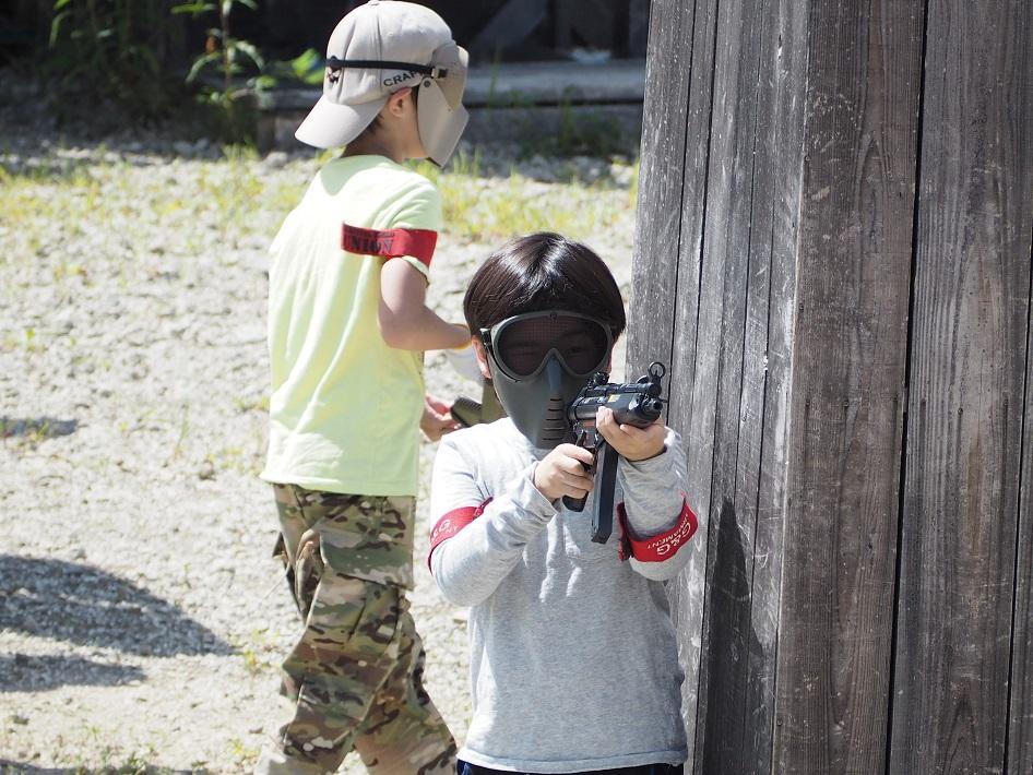 スリル満点のジュニアガン戦を体験