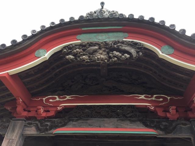 本堂向拝欄間彫刻
